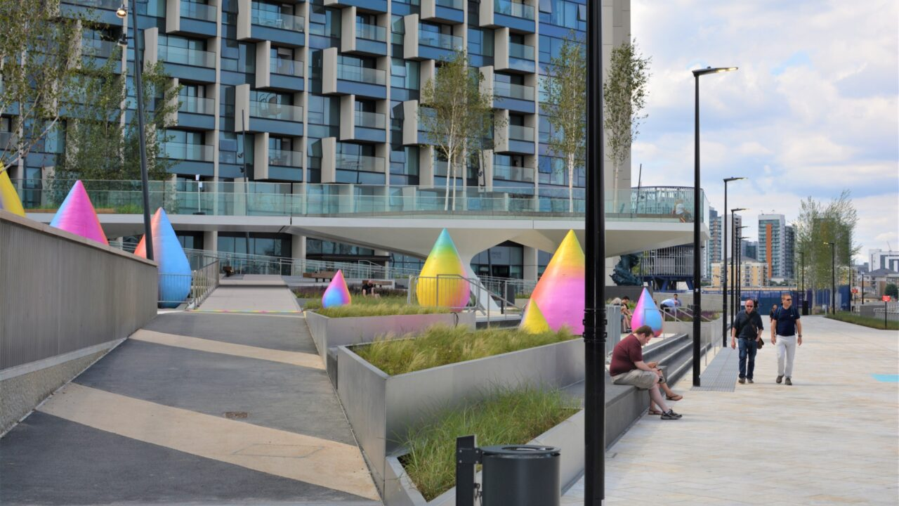 Groundscape Team Wins Maintenance at Greenwich Peninsula