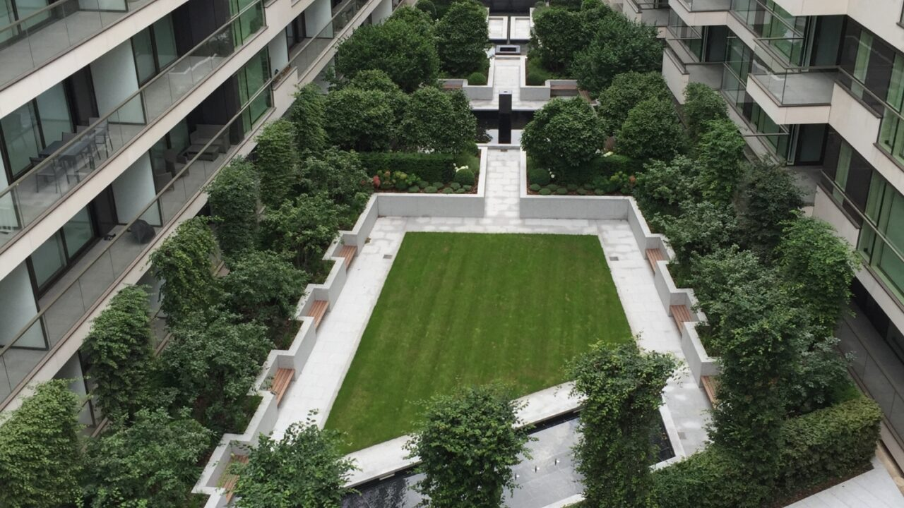 Innovation Led Urban Greening and How it Can Support Sustainable Architecture